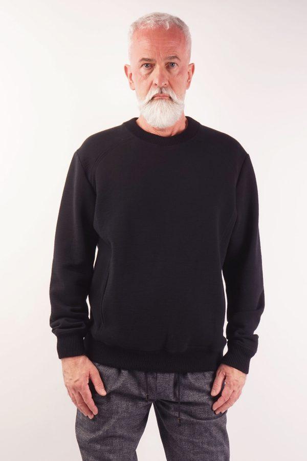 menswear luxury sweat jumper black