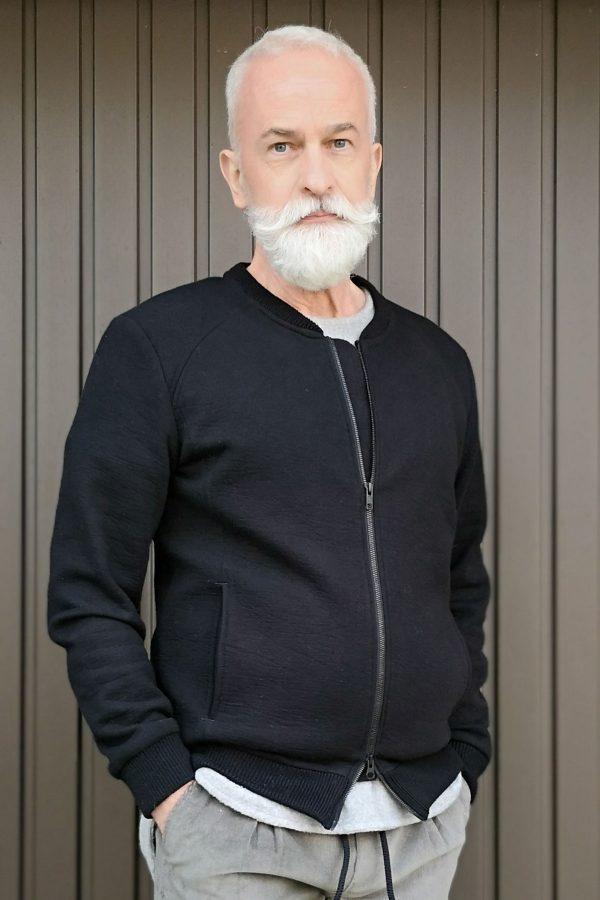 Black luxurious sweat cardigan w. pockets | Sustainable menswear