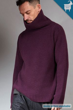 Bordeaux Cashmere knit turtleneck | Sustainable menswear